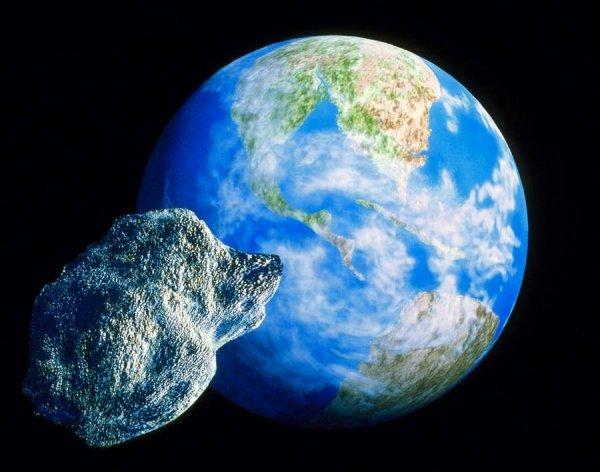 Астрономы рассказали, что возле Земли пронесся астероид размером с МГУ