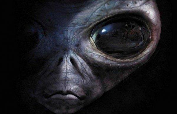 Ватикан готовит общественность к встрече с инопланетянами: Мировой заговор правительств существует?