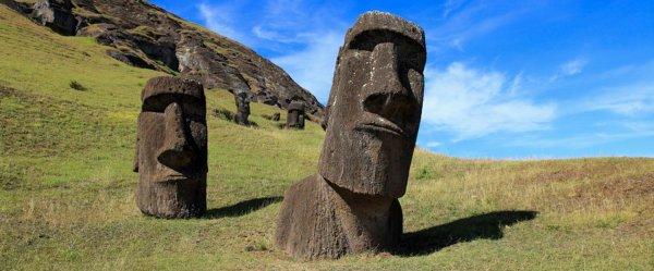 Ученые разгадали тайну острова Пасхи, выяснив, кто поставил там истуканов