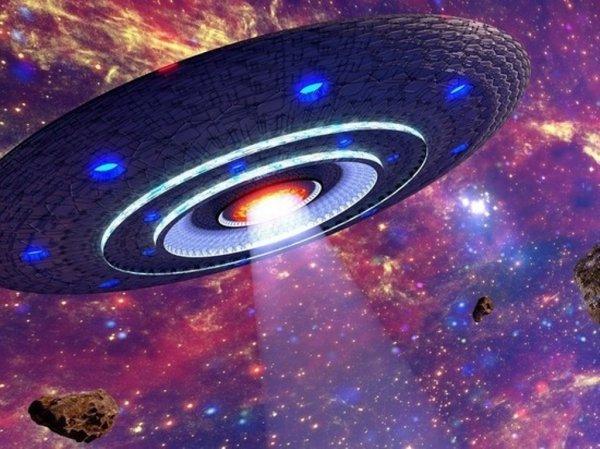 Возле Солнца найден огромный объект кубической формы: Новые проявления НЛО или старая сенсация?