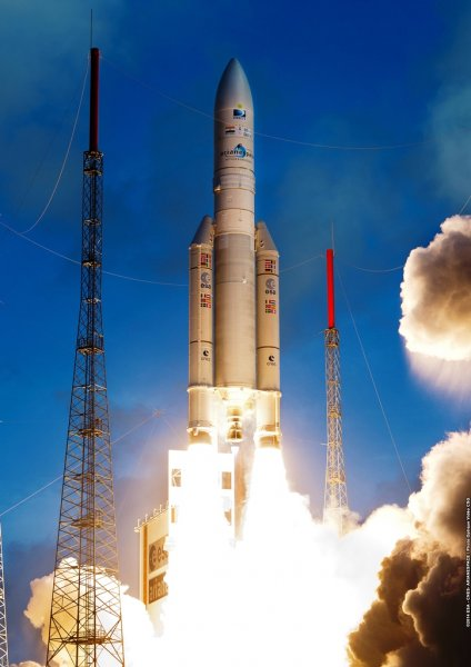 Ракета Ariane 5 успешно завершила вывод двух спутников на околоземную орбиту