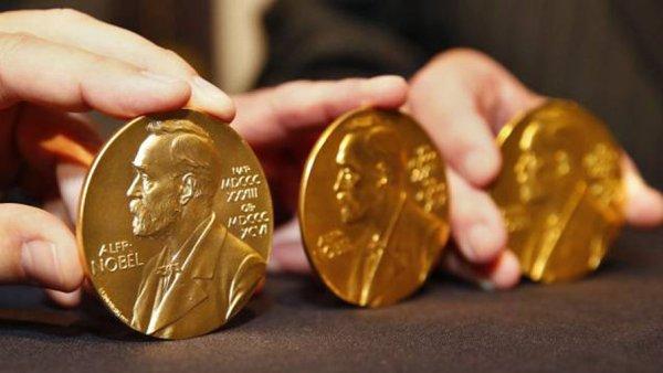 Очередная Нобелевская премия присуждена за открытие работы «биологических часов»