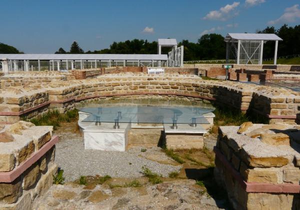 Археологи: Античный поселок Фонтан-6 являлся военным городком древних греков