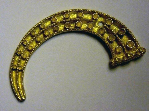 Археологи в Туве нашли уникальные украшение народа хунну