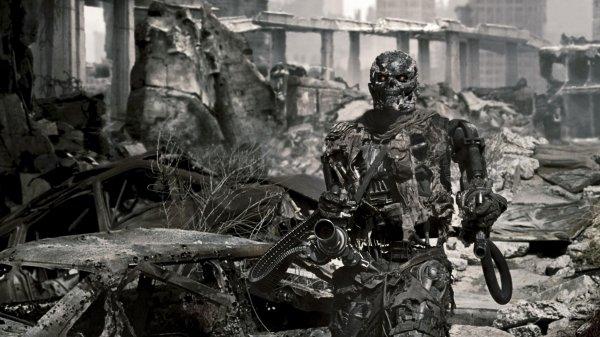 Ученые подсчитали, когда человечество уступит в численности роботам