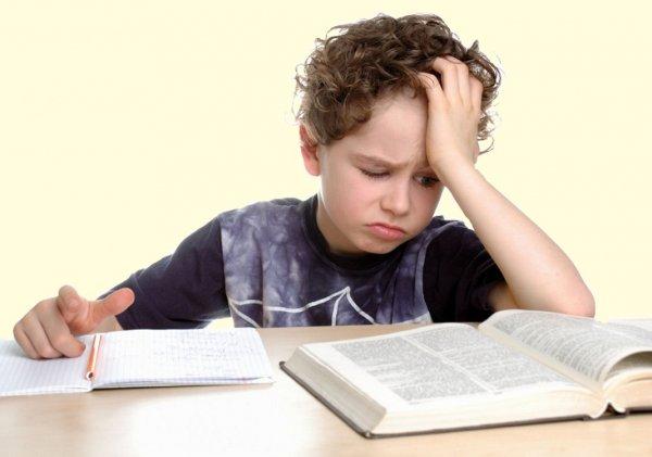 Проблемы с чтением у детей ученые связывают с нарушением слуха