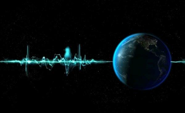 Ученые зафиксировали радиосигнал из космической пустоты: Небесное тело, радиошум Земли или все же пришельцы?