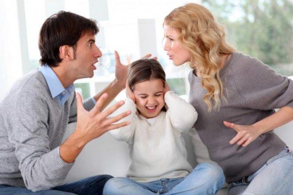 Ученые: Семейные скандалы превращают детей в тиранов