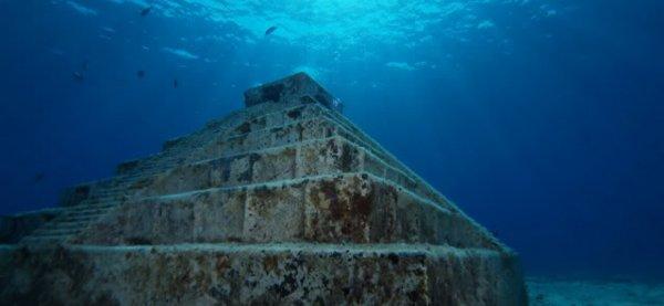 Две подводные пирамиды были обнаружены на побережье Флориды