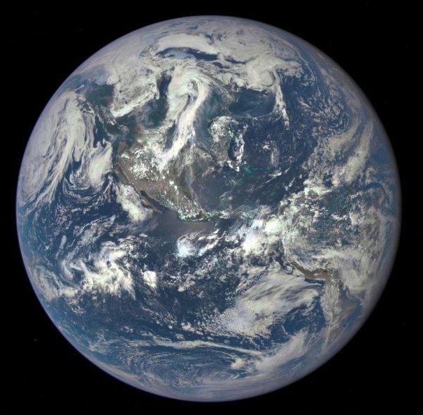 Учёные обнаружили гравитационную аномалию в Тихом океане: Конец света близок?
