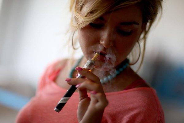 Ученые выяснили, в чем главная опасность электронных сигарет