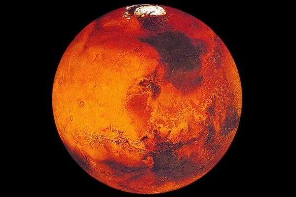 На Марсе обнаружен гигантский сперматозоид: НЛО или оптический дефект?