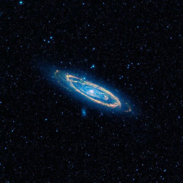 Учёные рассказали, что случится при столкновении галактик Андромеда и Млечный Путь