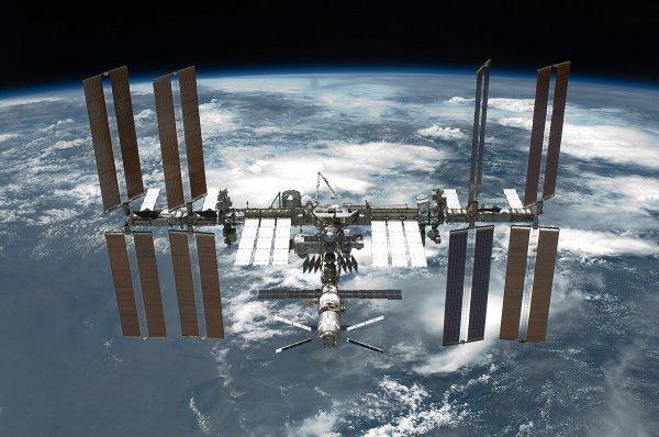 Высота полёта МКС увеличится на 700 метров