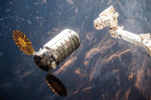 Сегодня NASA представит в прямом эфире новые коммерческие проекты