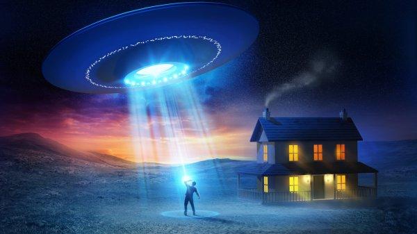 Над Севастополем увидели НЛО