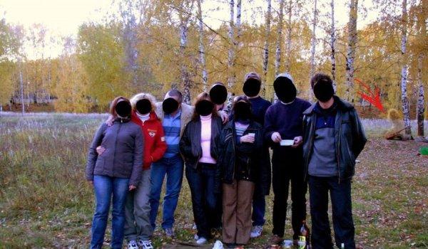Кострома обсуждает фото с призраком девушки в малышковском лесу