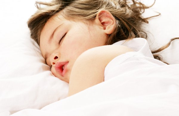 Ученые объяснили, почему люди не задыхаются во сне