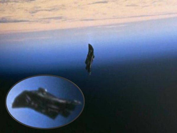 Ученые нашли таинственный инопланетный спутник «Черный рыцарь» возле Луны