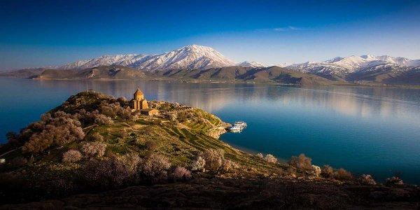 На дне озера в Турции нашли крепость времен Урарту