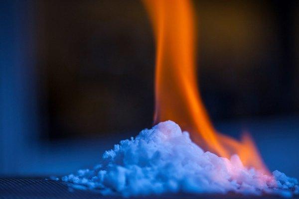 Учёные из США создали двустороннюю ткань, способную согревать и охлаждать