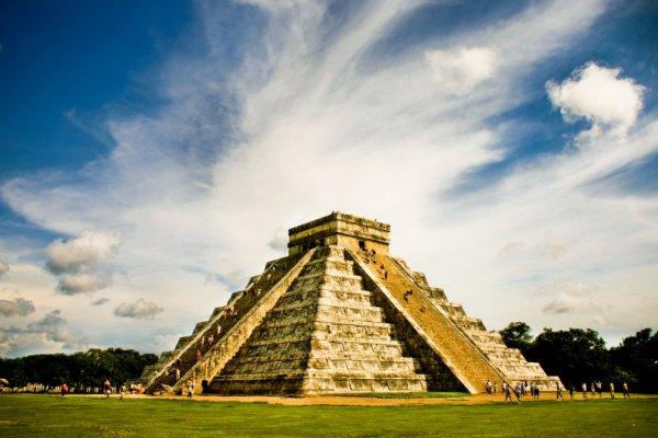 Ученые спустя века нашли тайный проход в пирамиде времен майя