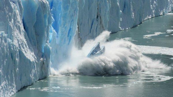 Исследовательский аппарат NASA продемонстрировал фото полета над Антарктидой