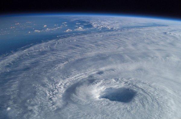 Ученые показали на записи больную озоновую дыру