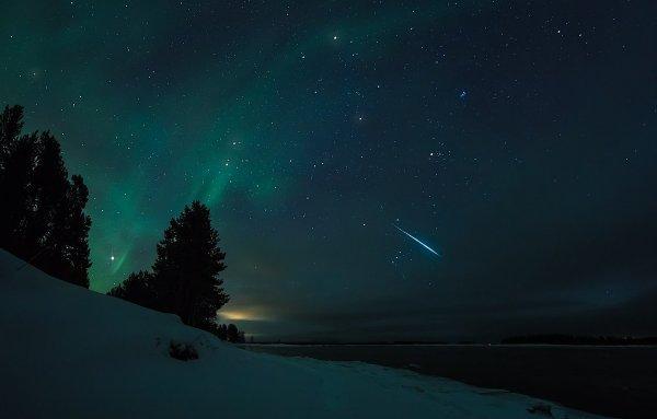 В Финляндии на видео запечатлели «сияние сотни лун»