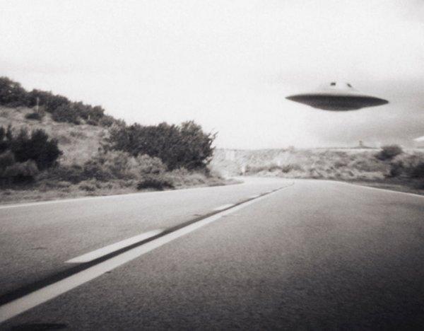 НЛО заметает следы пребывания на Земле? Комментарий от SuspectSky, мнение Плейта