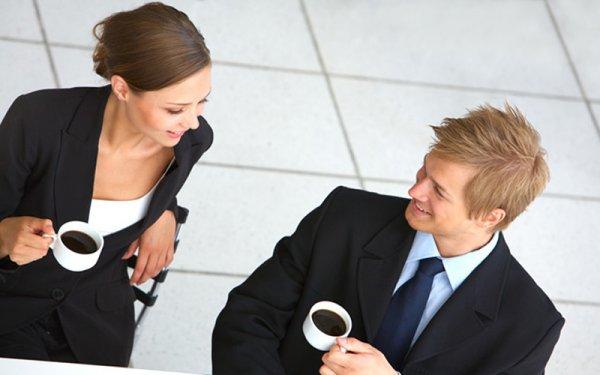 Психологи дали советы по ведению успешной светской беседы