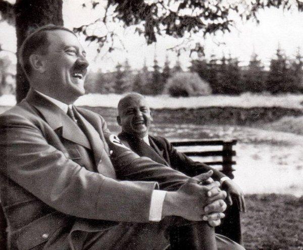 Стало известно о необычных увлечениях Гитлера