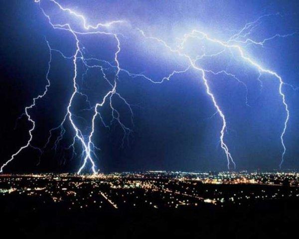 Ученые: Молнии вызывают ядерные реакции в атмосфере Земли