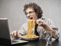 Ученые рассказали о влиянии жирной еды на экологию