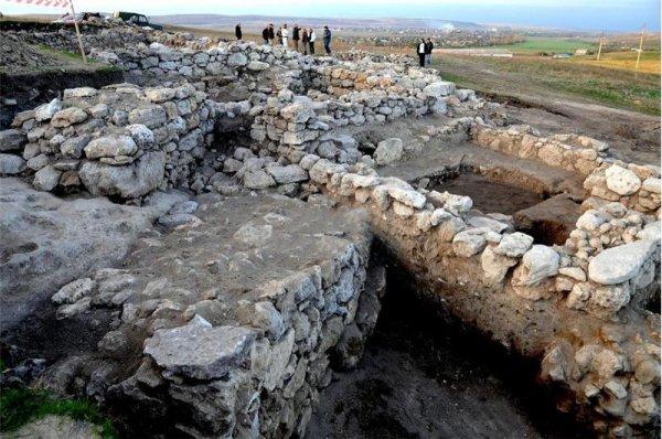 У Крымского моста обнаружили археологический «слоеный пирог»