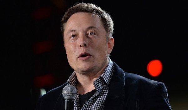 Илон Маск заметил опасность в делающем сальто роботе