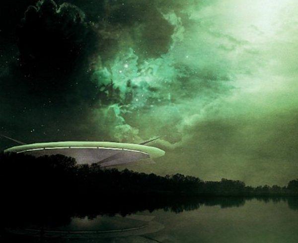 Гигантский НЛО в Солнечной системе. SOHO зафиксировала объект в 164 тысячи километров