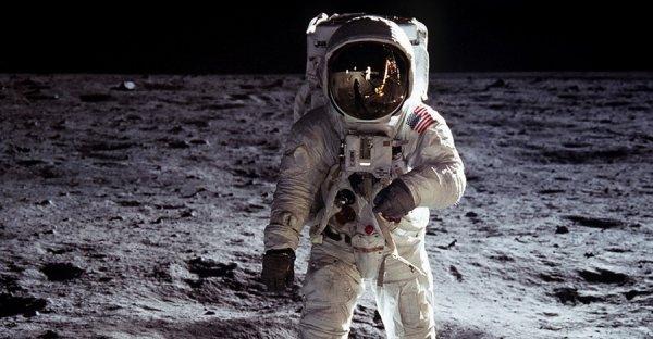 NASA зафиксировало здание на Луне: Эгл и Стефанов прокомментировали сведения уфолога