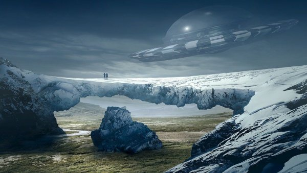 Поляк снял на видео полет НЛО: В Восточной Европе есть скрытые колонии инопланетян?