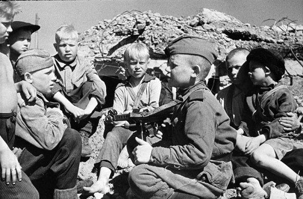 Учёные: Стресс от военной эвакуации вызывает психические расстройства у потомков