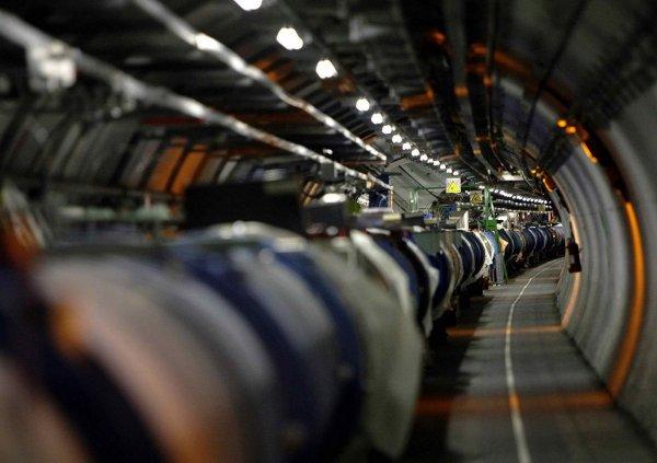 Большой адронный коллайдер завершил свой рабочий год бомбардировкой неона