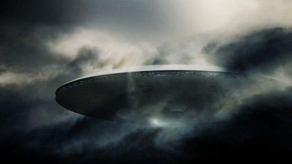 Экс-глава Минобороны Канады рассказал о четырех типах инопланетян