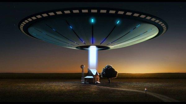 Американец из Техаса снял на видео 10 кораблей пришельцев