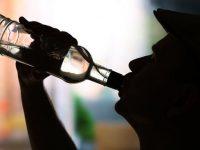 Ученые установили связь между алкоголизмом и недосыпом
