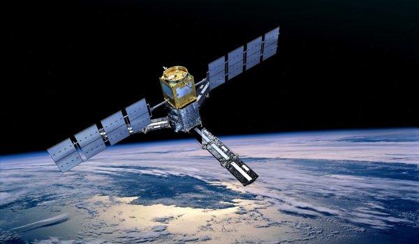 США намерены спасти атакованный Россией международный спутник