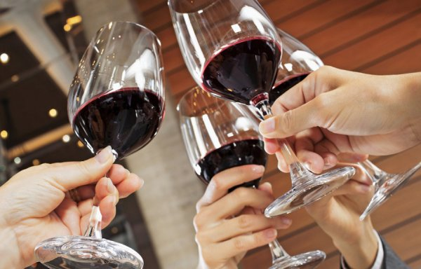 Ученые объяснили причину усилившегося пристрастия к алкоголю