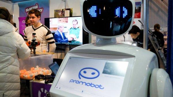 Роботы-журналисты в Великобритании и астронавты-нелюди в Китае: ИИ начал массовый захват Земли?