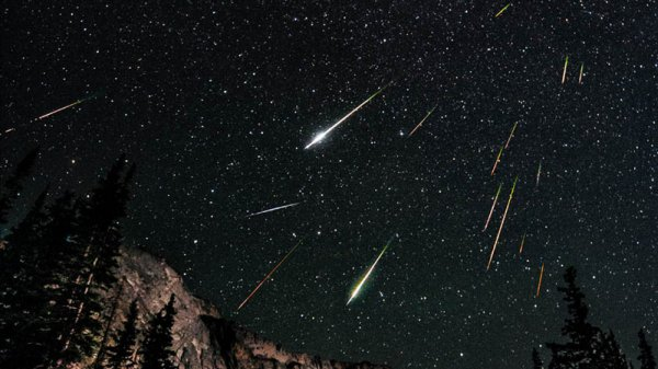 В небе над Сочи зафиксировали яркий метеорит