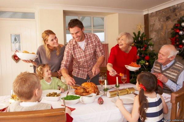 Фонд Альцгеймера составил советы по созданию праздничной обстановки для больных
