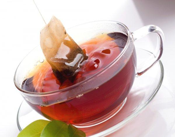 Ученые: Дешевый чай в пакетах оказался полезнее дорогого